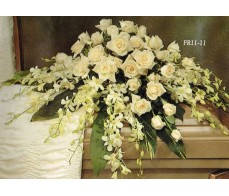Traditional Floral Remembrance FR11-11 Casket Spray