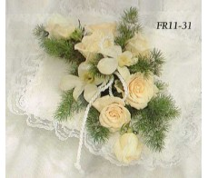 Traditional Floral Remembrance FR11-31 Casket Spray