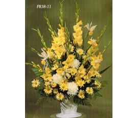 Traditional Floral Remembrance FR38-11 Arrangement