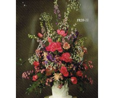 Traditional Floral Remembrance FR39-11 Arrangement